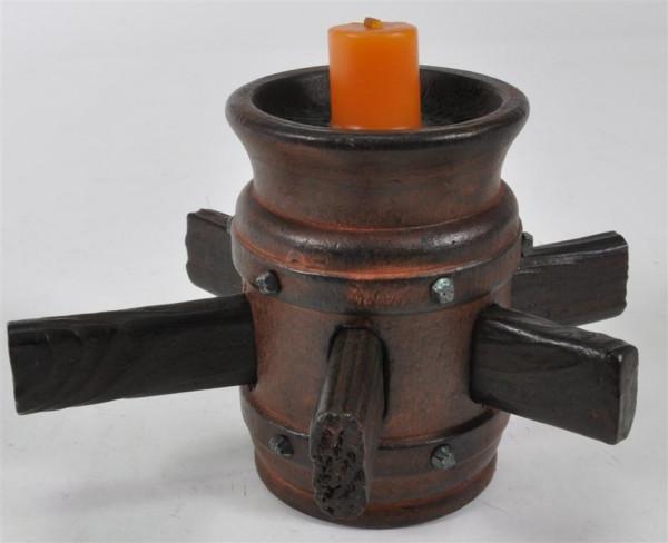 Holzfass mit Kerze ca.14 cm hoch, D: ca.9 cm