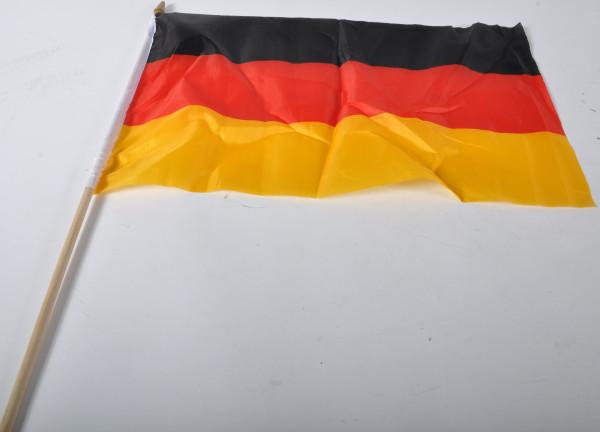Flagge Deutschland mit Holzstab OPP, Flagge ca.30x45 cm Stab ca.60 cm