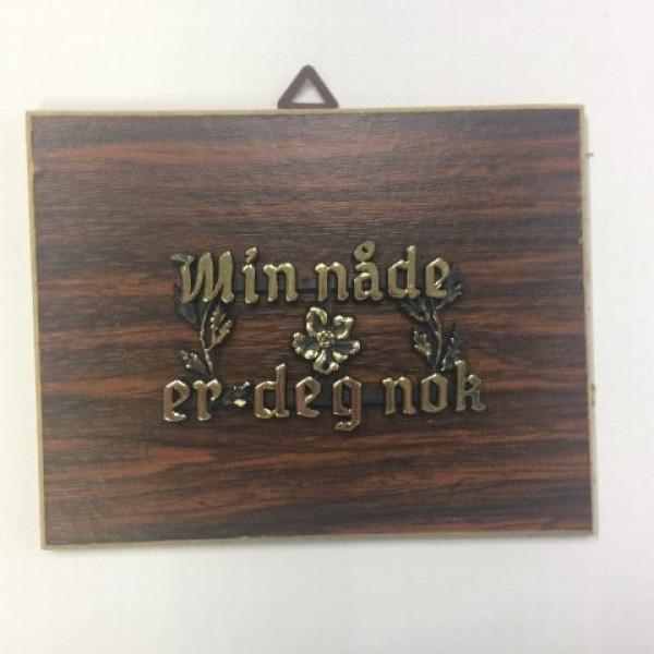 Holzbild mit norwegischem Spruch