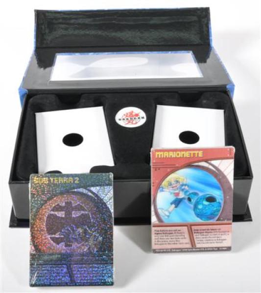 Bakugan 3D Karten 4fach sort. GK ca. 23x6x14 cm